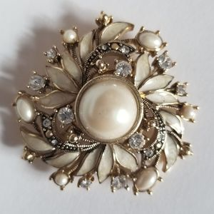 Vintage Monet enamel pearl gold pin brooch